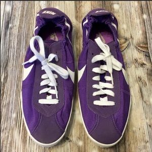 New Nike purple and white sneaker tennis shoes